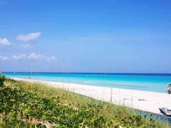 パラデロビーチ(キューバ)