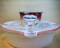 カップ麺の蓋の上でアイスを温める【2】