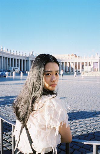杉咲花1st写真集『ユートピア』(東京ニュース通信社刊)リリースより
