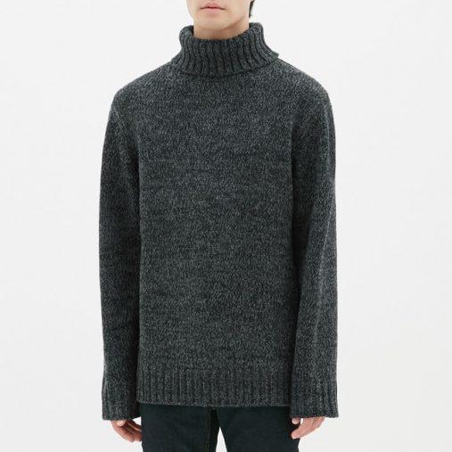 GUローゲージタートルネックセーター