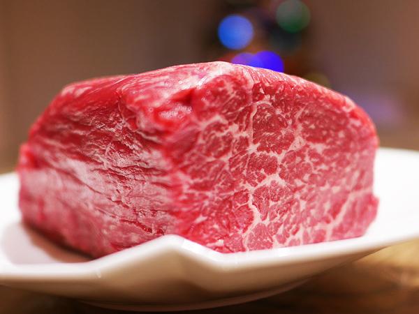 ローストビーフ/牛もも肉かたまり 300~400g