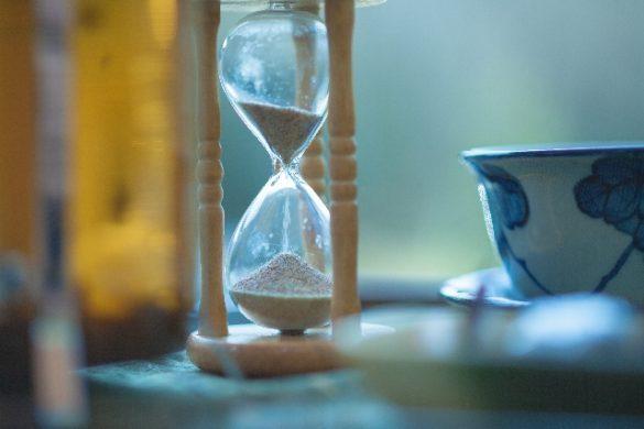 砂時計、縁、終焉