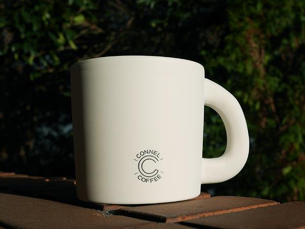 nendoデザイン「CONNEL COFFEE」マグカップ 全8種、1800円(税別)※店頭での限定販売