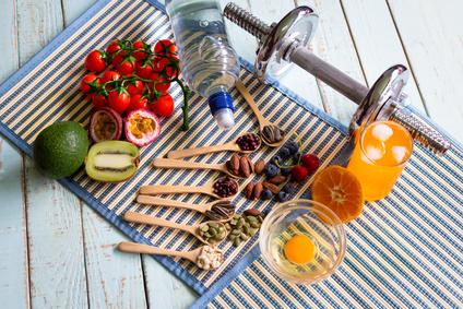 ダイエットフード、低糖質食、ロカボ、ビーガン、パレオ、運動