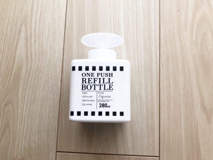 セリア ワンプッシュお掃除ボトル