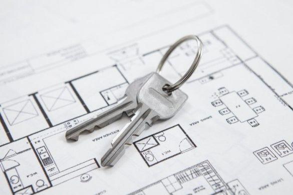 不動産屋 物件選び、鍵、引っ越し