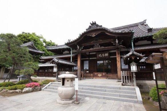 高輪のシンボル泉岳寺。この地には多くの由緒ある寺社や、高輪皇族邸(旧高松宮邸)がある閑静な土地