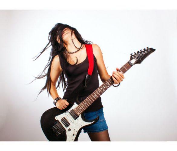 パンクロックバンド女子