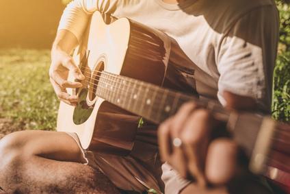 ギター楽器演奏