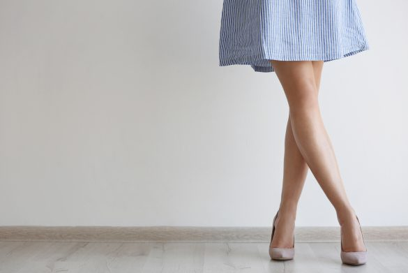 (2) ワンピース・スカートは丈の長さを確認