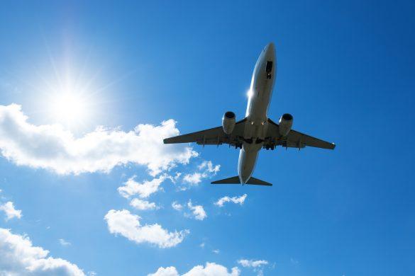 太陽と飛行機 旅行