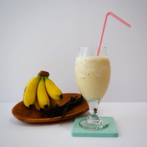 爽作豆乳バナナシェイク ロッテ「爽 バニラ」とキッコーマン飲料「豆乳飲料 バナナ」