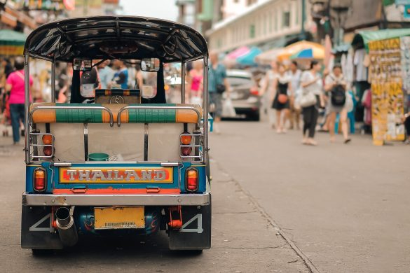 タイを訪れる日本人観光客の恥かしい行動