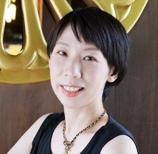 食文化研究家・長寿美容食研究家のスギアカツキさん
