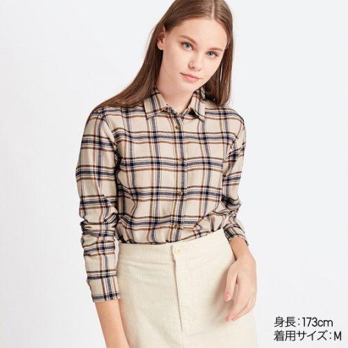 ユニクロ「フランネルチェックシャツ(長袖)」¥1,990 カラー:30 NATURAL (画像:ユニクロ公式サイトより)