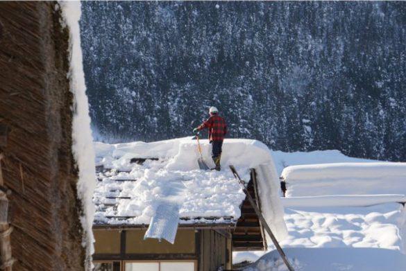 雪かき、雪下ろし、北国、屋根