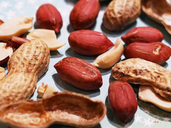 ピーナッツはナッツではなく、豆。ナッツ以上の嬉しい美容効果とは…