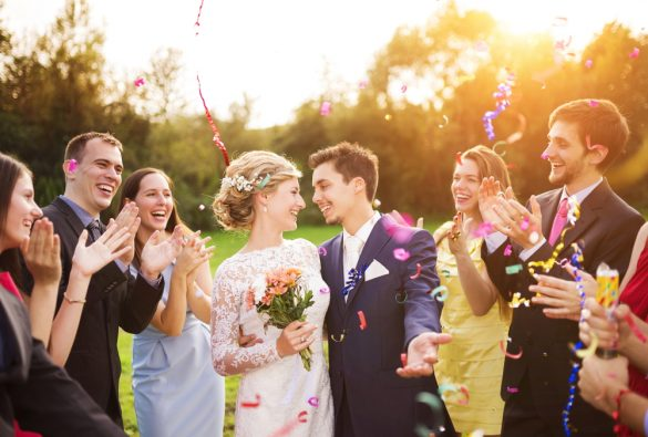 結婚式 挙式 カップル 夫婦 集合写真