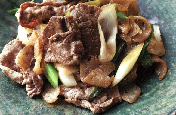 牛肉とこんにゃくの炒め煮