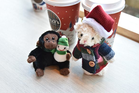 スタバ&タリーズの季節限定ドリンク飲み比べ クリスマス仕様のゴリーズ&ベアフル(R)