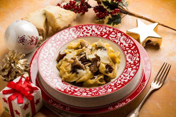 ポイントは材料選びだけ! 超カンタンなのに名店級「サーモンクリームパスタ」の作り方 クリスマス