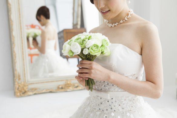 結婚式 花嫁 ドレス試着