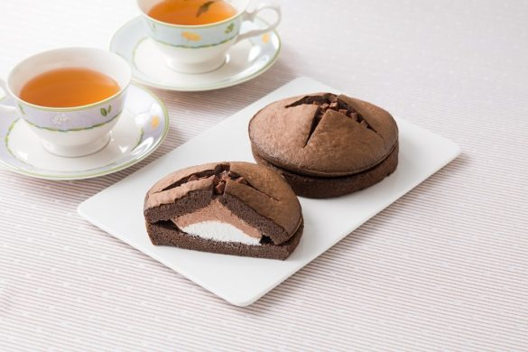 ダブルクリームサンド(生チョコクリーム&ホイップ)