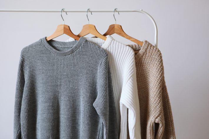 ニット・セーターの買い替えのタイミングっていつ?
