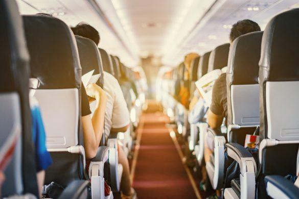 飛行機内、帰省、旅行