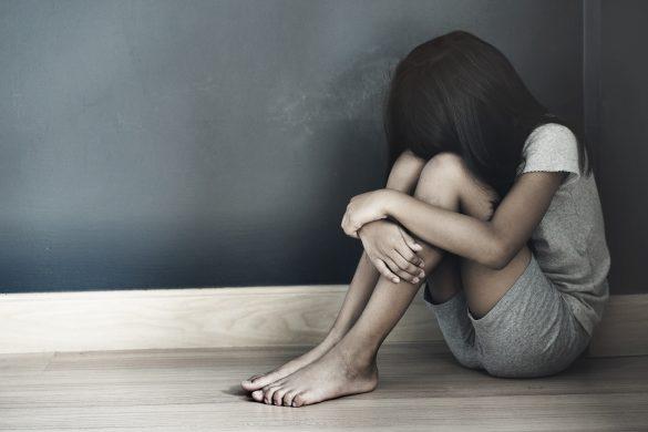 家庭内の虐待