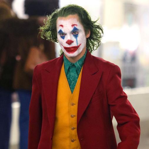 ジョーカー役を演じるホアキン・フェニックス
