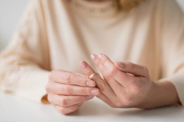 夫の心無い一言に傷つき離婚を決めた女性