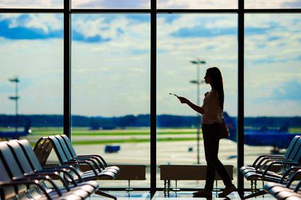 飛行機旅行女性