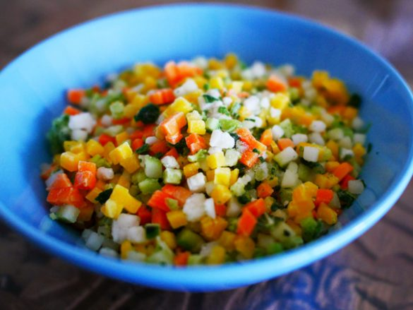 「彩り野菜ライスを主役で楽しむ絶品レシピ」を2つご紹介