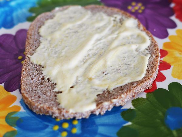 スモーブロー(Smørrebrød) デンマークで知った、太らないパンの食べ方が画期的だった