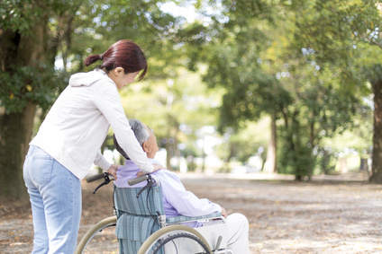 介護、義母、嫁姑問題、車椅子
