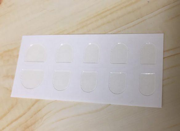 リピティション「粘着グミ 30ピース入り」強力なのに、繰り返し使えるネイルチップ用粘着グミが話題