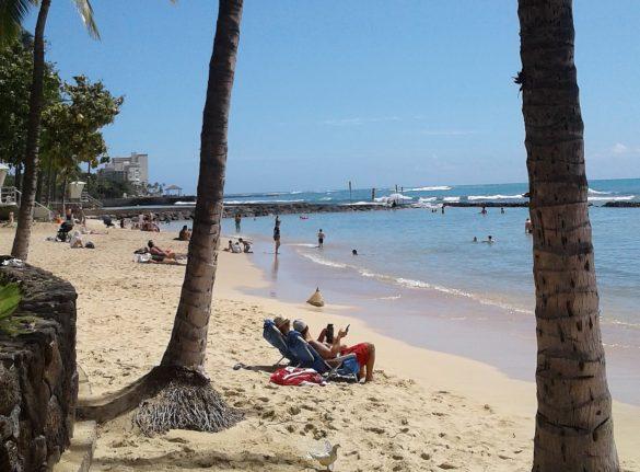 寂しすぎるワイキキビーチの今 ガラガラ2