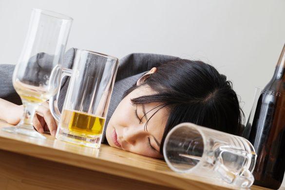 友達と飲んでベロべロに酔っ払う