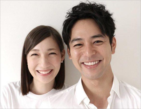 妻夫木聡とマイコが2016年の結婚時に報道各社に送ったツーショット写真 妻夫木聡・マイコ夫妻