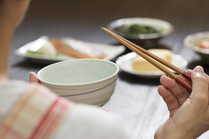 お代わり食事孤食箸茶碗