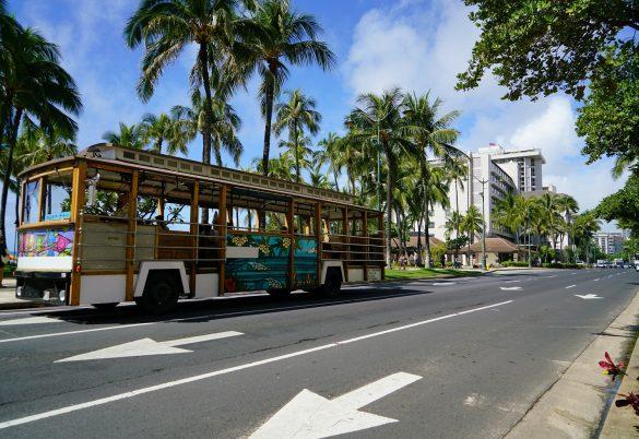 ハワイでは観光客激減…失業者が激増