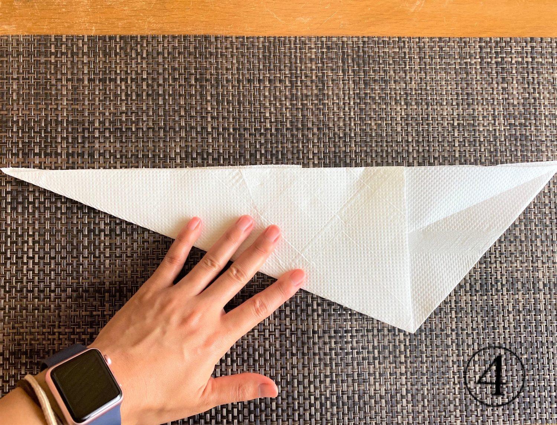 (4)逆三角形に戻し、同様に左端を重ねる