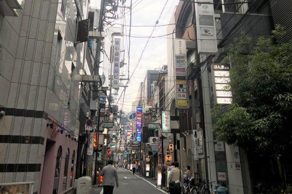 人通りの少ない大阪ミナミ
