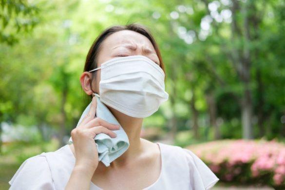 夏マスク、新型コロナウイルス、夏風邪、インフルエンザ女性