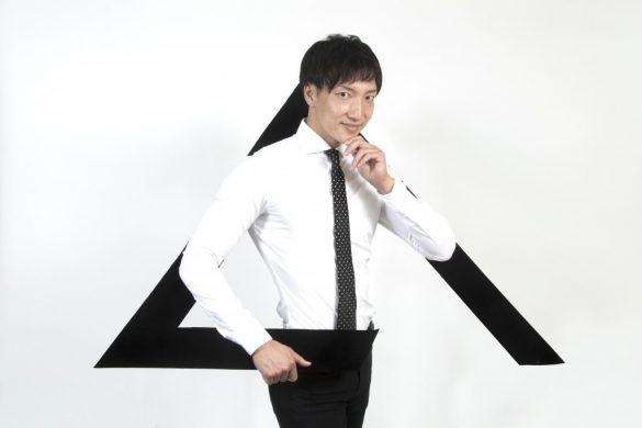 「スマイルアカデミー」COOのAKIHITOさん