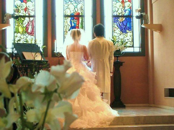結婚式、教会、チャペルウェディング