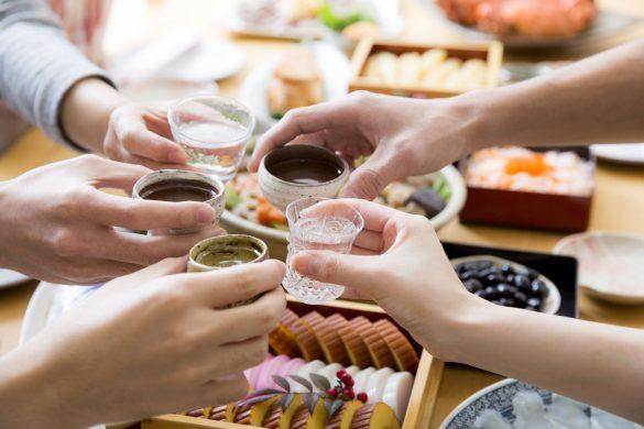 正月帰省、おせち、義実家、日本酒で乾杯