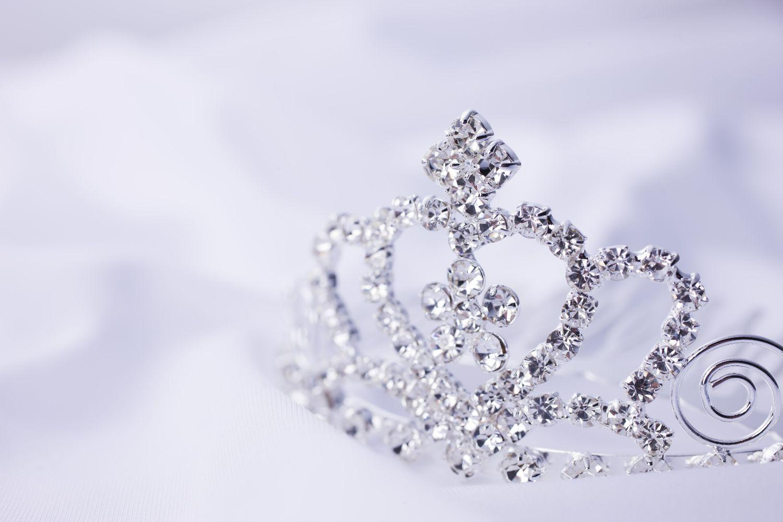 ティアラ、プリンセス、王冠