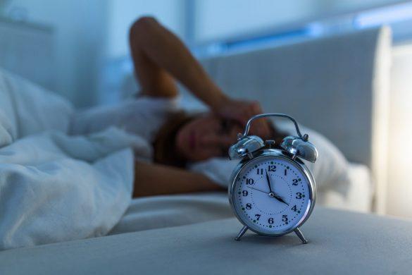 不眠、ベッド、布団、睡眠